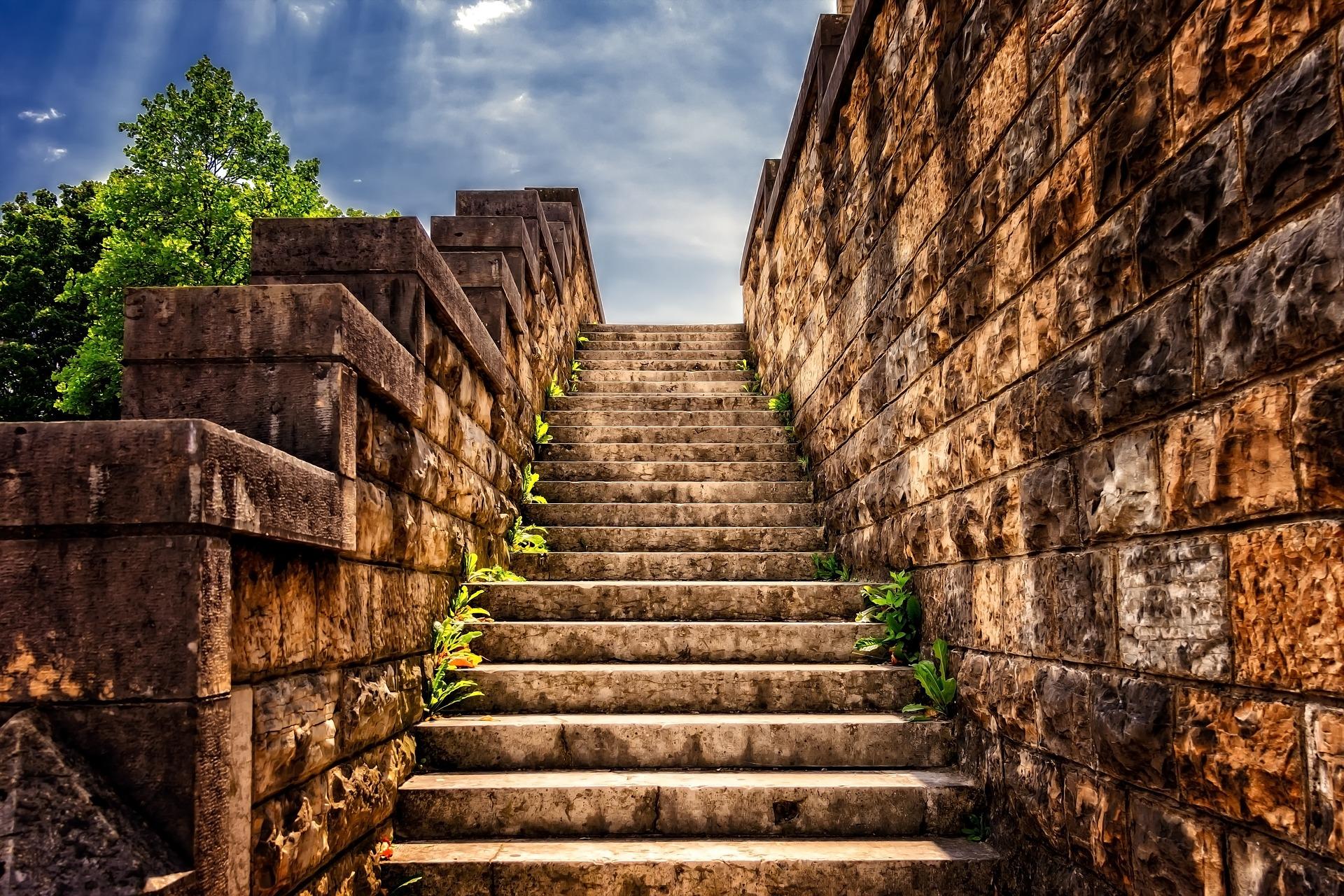 Stufen symbolisieren gute Lehrplanung